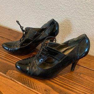 7.5 Black Nicole Heels